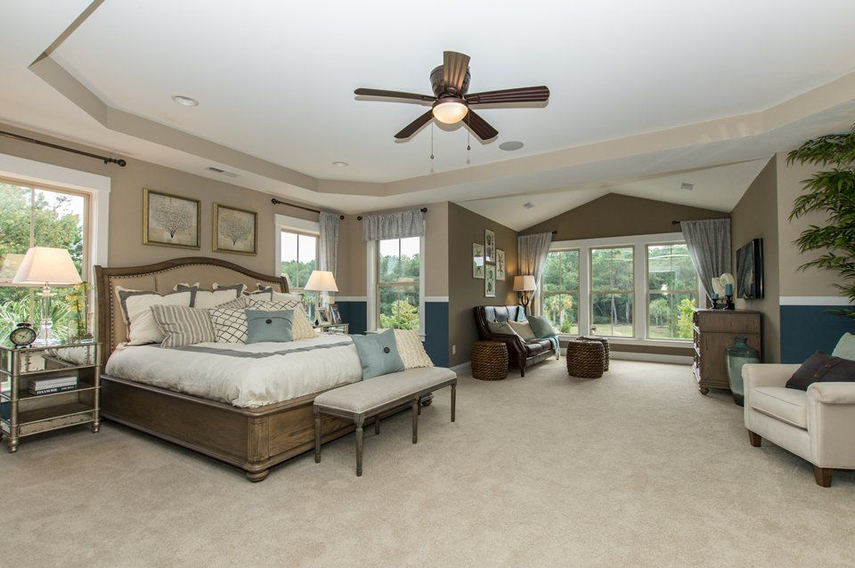 Master Bedroom With High Ceiling Carpet Zillow Digs Zillow