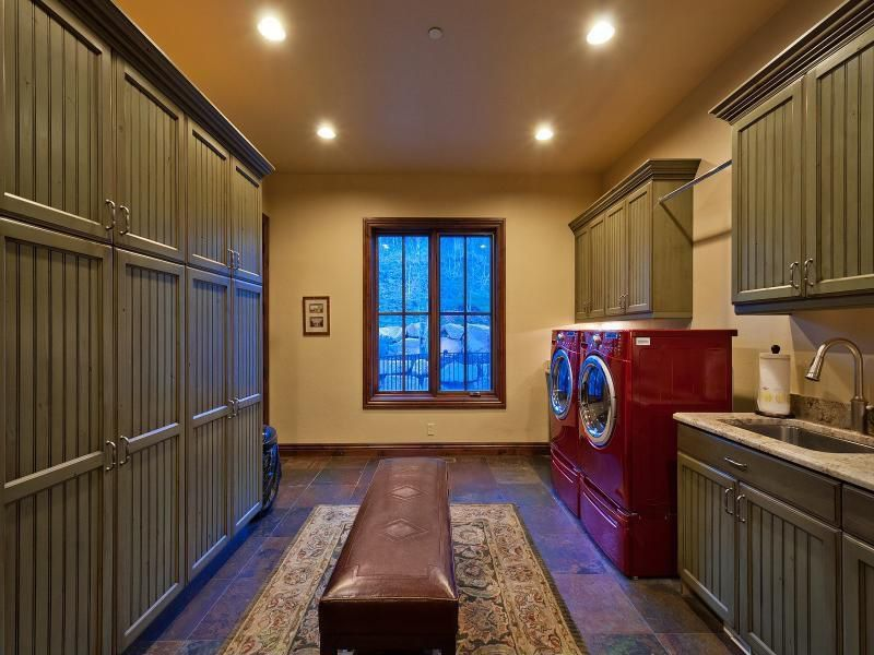 Country Laundry Room Zillow Digs Zillow