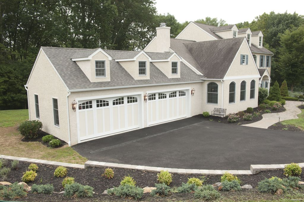 Traditional garage with dormer window carriage house for 1 5 car garage