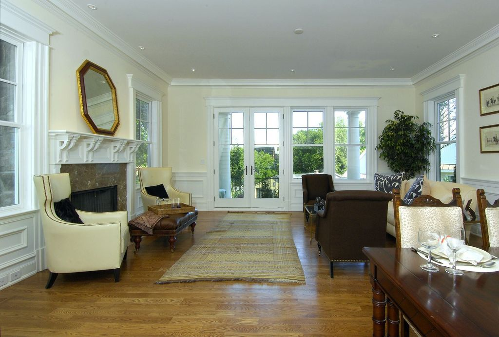 Traditional Living Room With Carpet Wainscoting In Greenwich Ct Zillow Digs Zillow