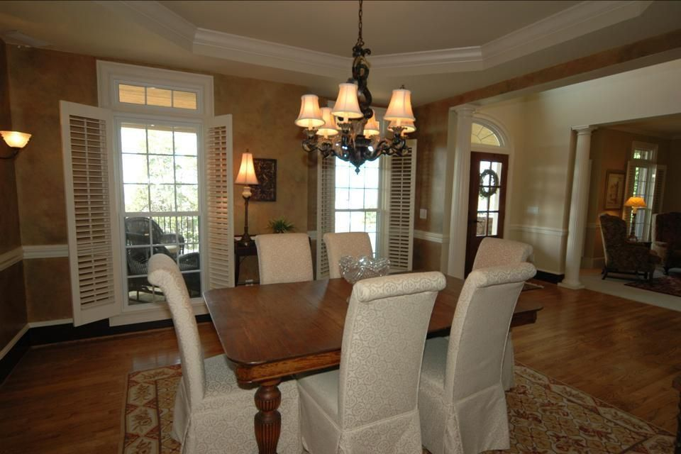 Traditional Dining Room with Wall sconce & Chair rail in Brentwood ...