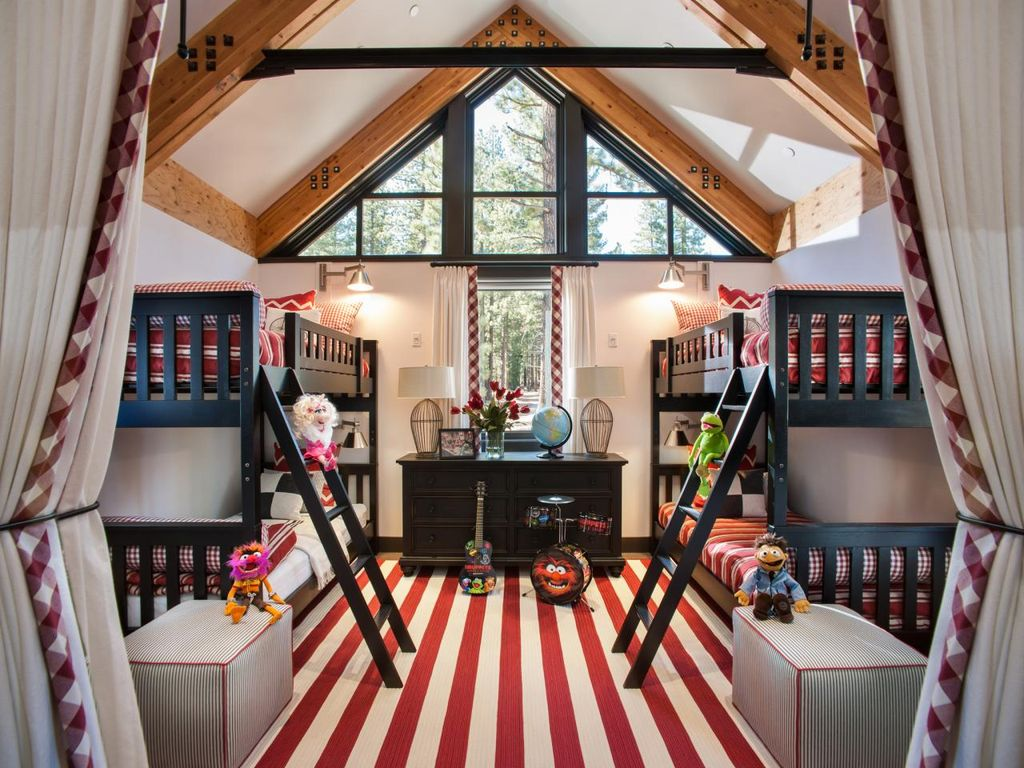 Cottage kids bedroom with cathedral ceiling by pendley for Bedroom cathedral ceiling
