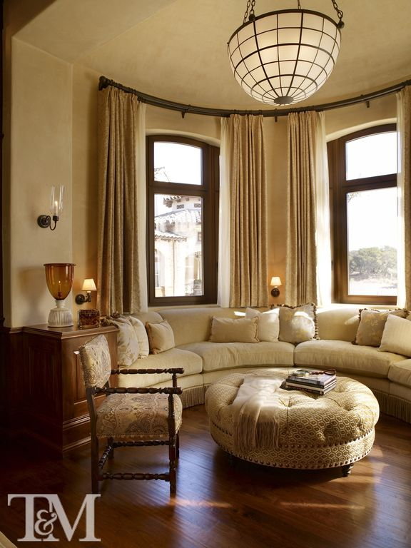 Traditional Living Room With Flush Light By Suzanne Tucker