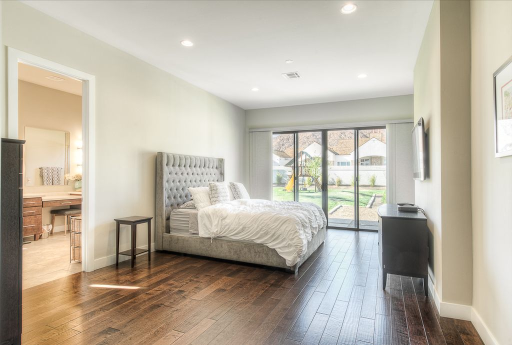 Great Master Bedroom With Linen Kellerman Bed Hardwood Floors Virginia Mill Works Golden Teak