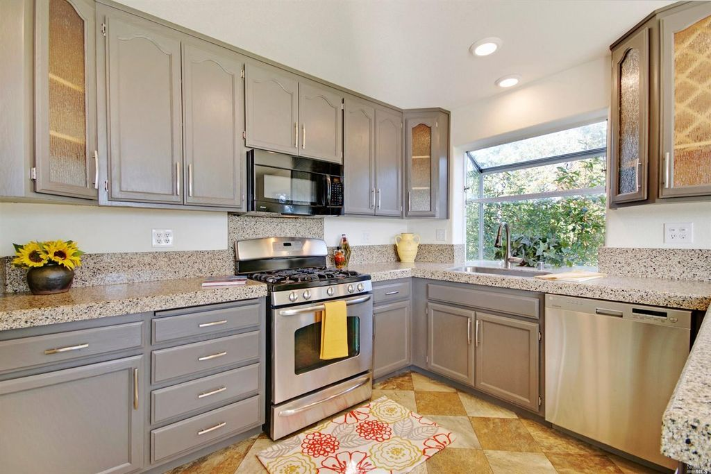 Kitchen in Santa Rosa, CA | Zillow Digs | Zillow