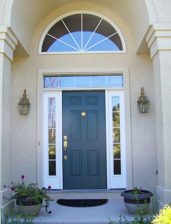 Traditional Front Door with Milgard Tuscany Series Radius Window Transom window Arched window & Traditional Front Door with Transom window u0026 exterior stone floors ... pezcame.com