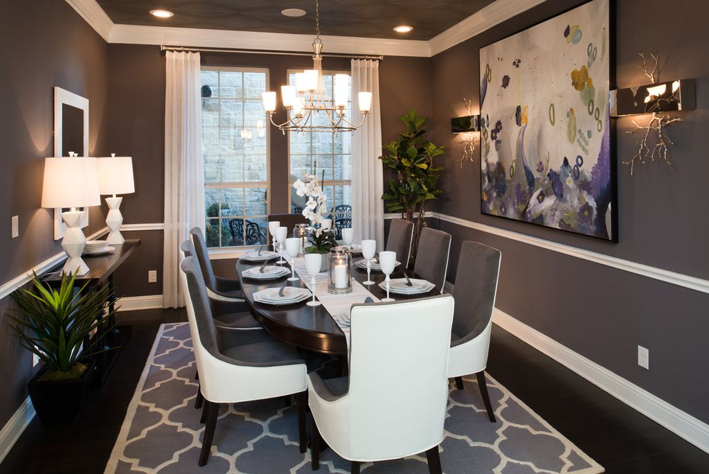 Modern Dining Room With Crown Molding High Ceiling Hardwood Floors Chair Rail