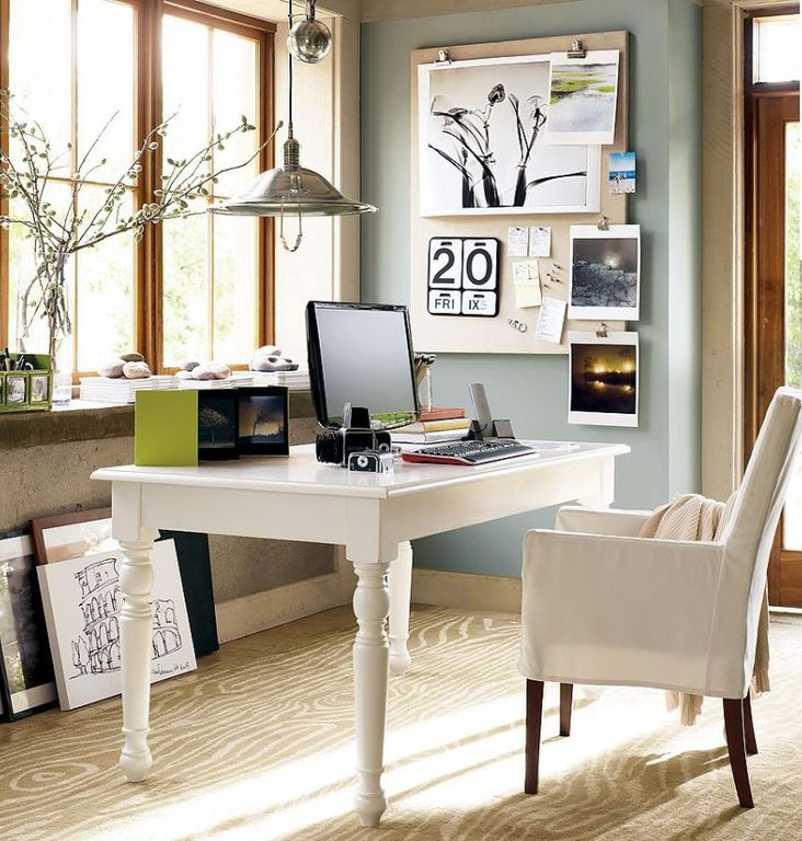 Contemporary home office with carpet pendant light for Best carpet for home office