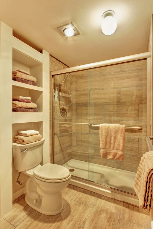 34 bathroom with dulles glass and mirror sliding glass shower doors