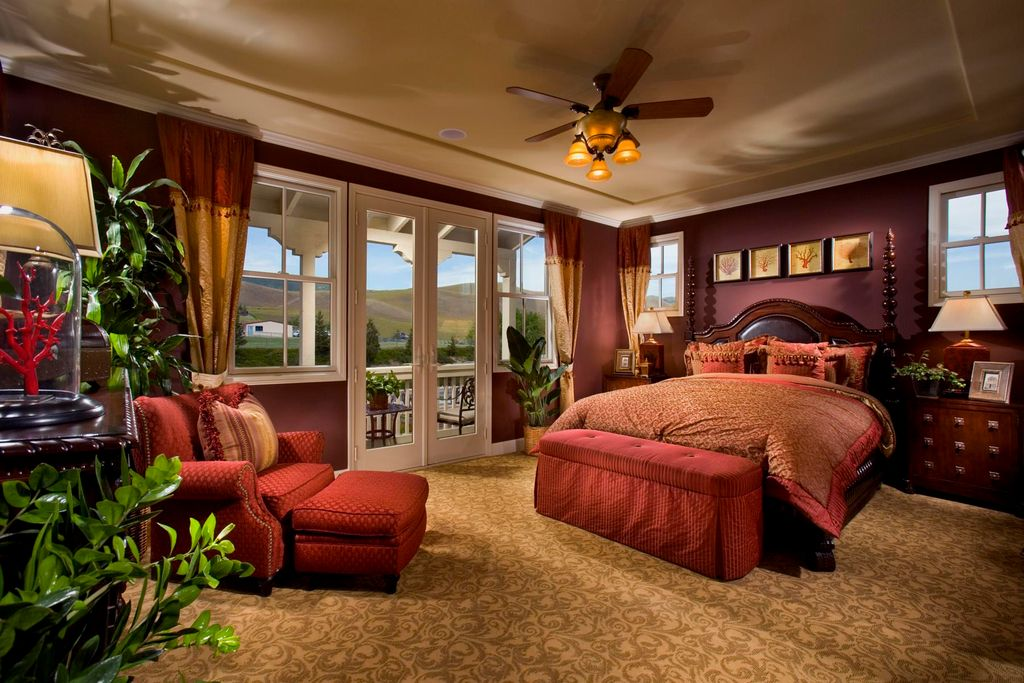 Mediterranean master bedroom with ceiling fan by michael for Mediterranean master bedroom