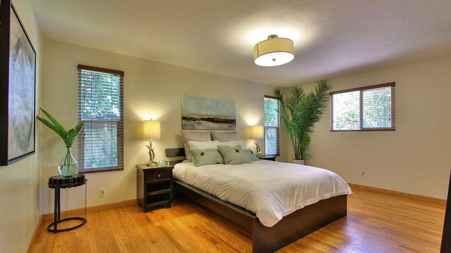 Traditional Master Bedroom With Platform Bed By Arpad Racz Zillow Digs Zillow