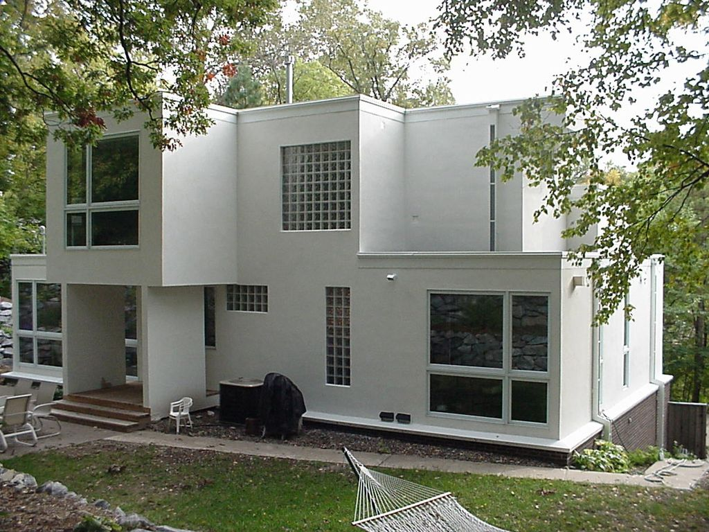 Modern exterior of home by habitat architecture zillow for Modern house zillow