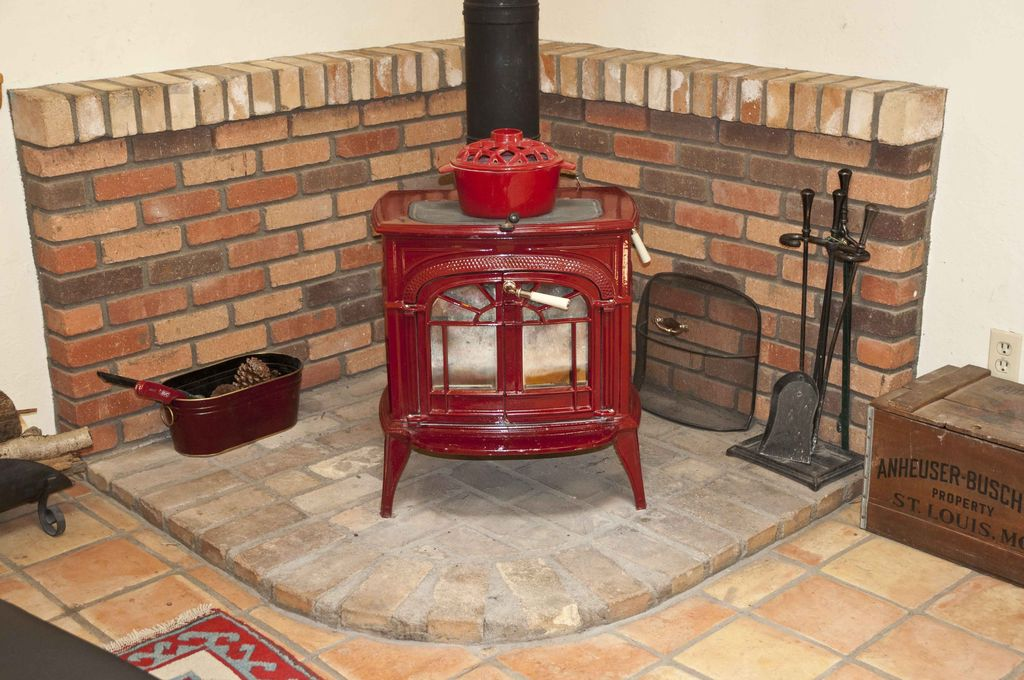 Country Living Room With Floor And Decor Super Sealed Saltillo Tile, Hudson  River Catskill Wood Part 95