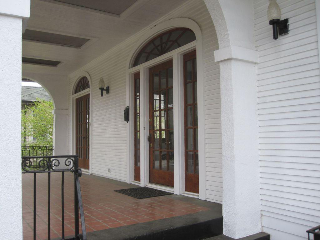 Traditional Front Door with exterior terracotta tile floors ...