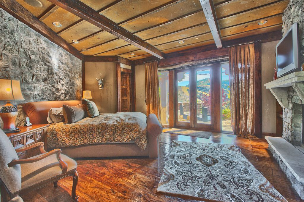 Rustic Master Bedroom By Mara Browning Zillow Digs Zillow