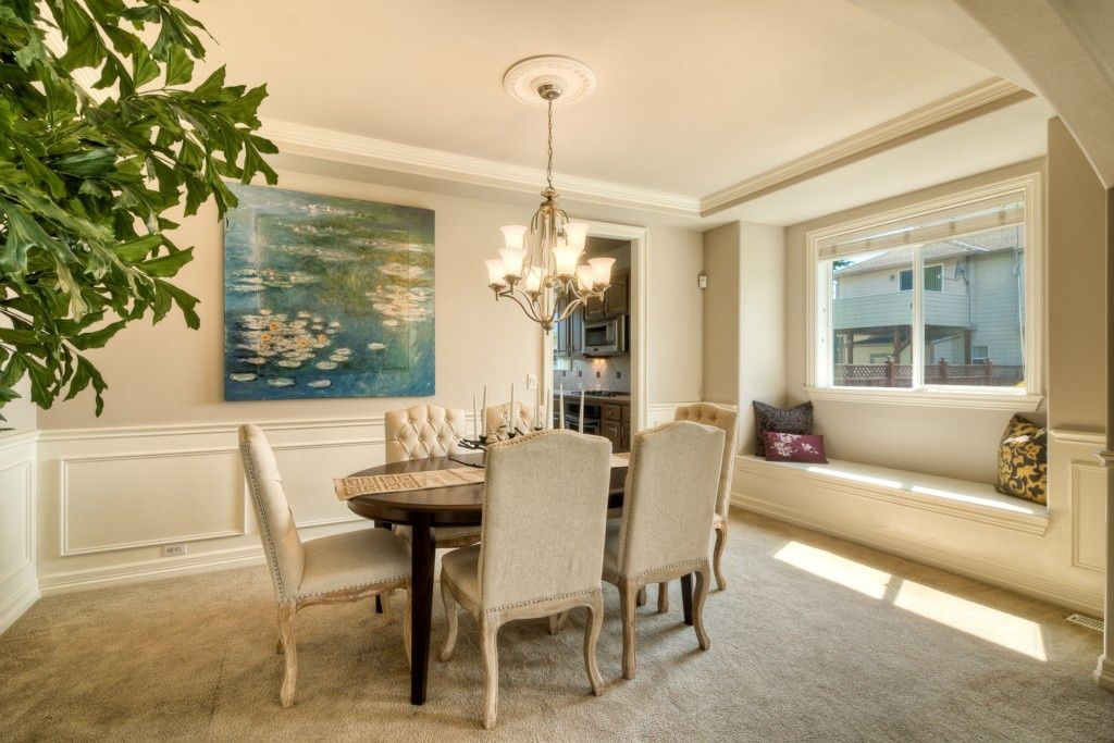 traditional dining room with carpetsilverlight home staging