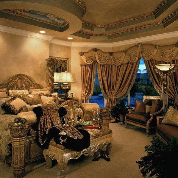 Mediterranean Master Bedroom With Faux Paint Finish Interior Wallpaper Zillow Digs Zillow