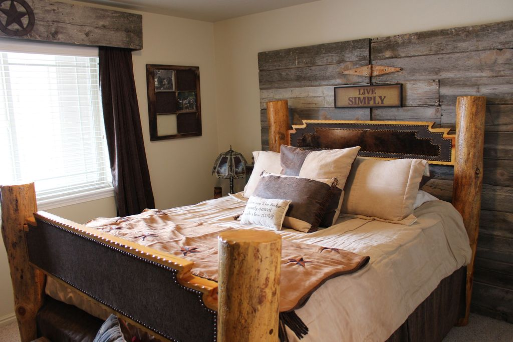 Rustic Master Bedroom With Carpet In Eagle Mountain Ut Zillow