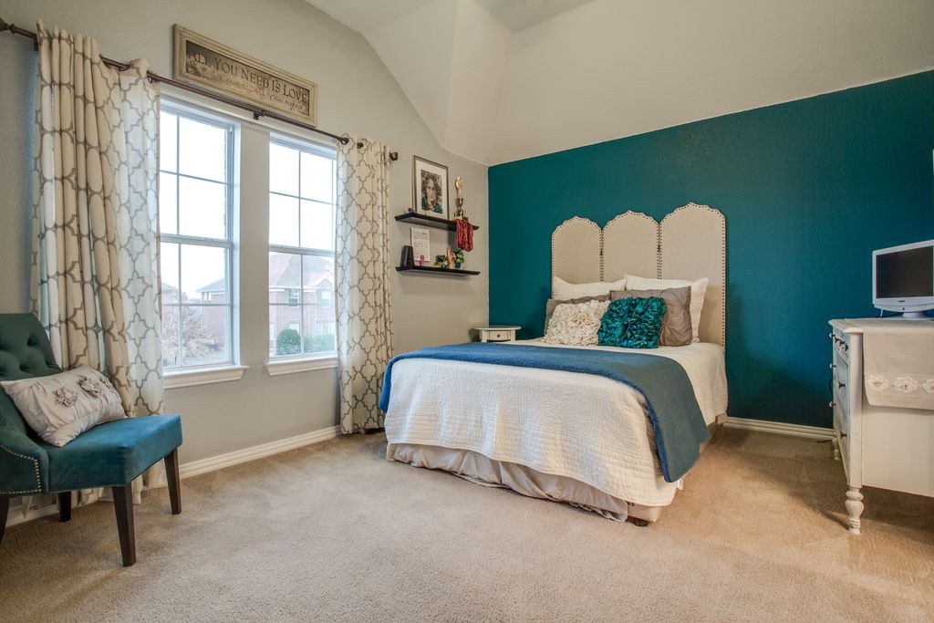 Guest Bedroom With High Ceiling & Carpet In FRISCO, TX