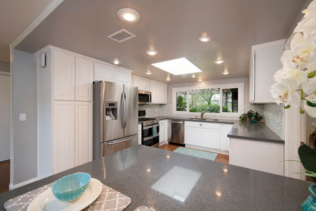 Contemporary Kitchen With Ceramic Tile Hardwood Floors In La Mirada Ca Zillow Digs Zillow