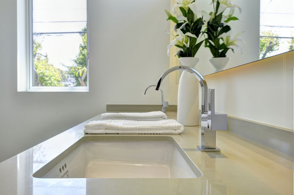 modern full bathroom with undermount sinkchris curcuru