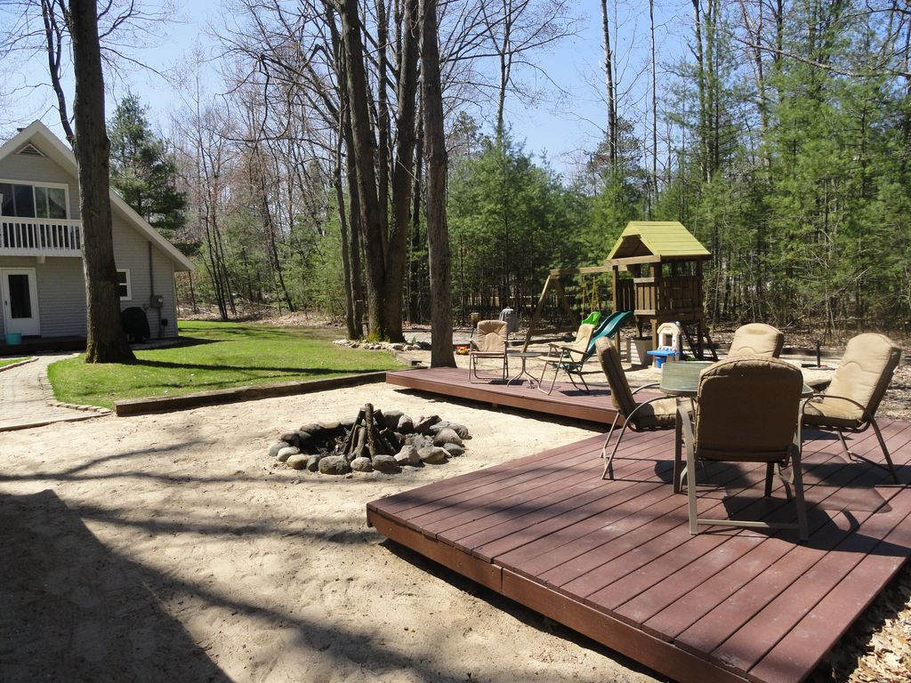 rustic with fire pit pathway glass panel door gorilla playsets - Cedar Playsets