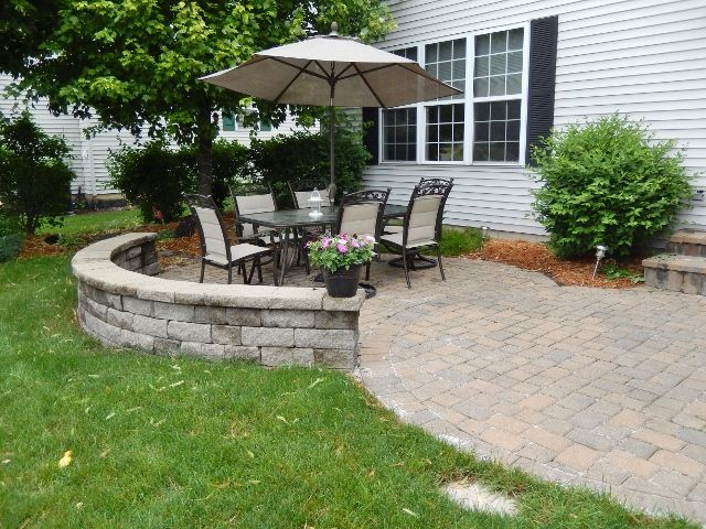 Traditional Patio With Monterey Naples 18 In. X 18 In. Thin Overlay Paver,