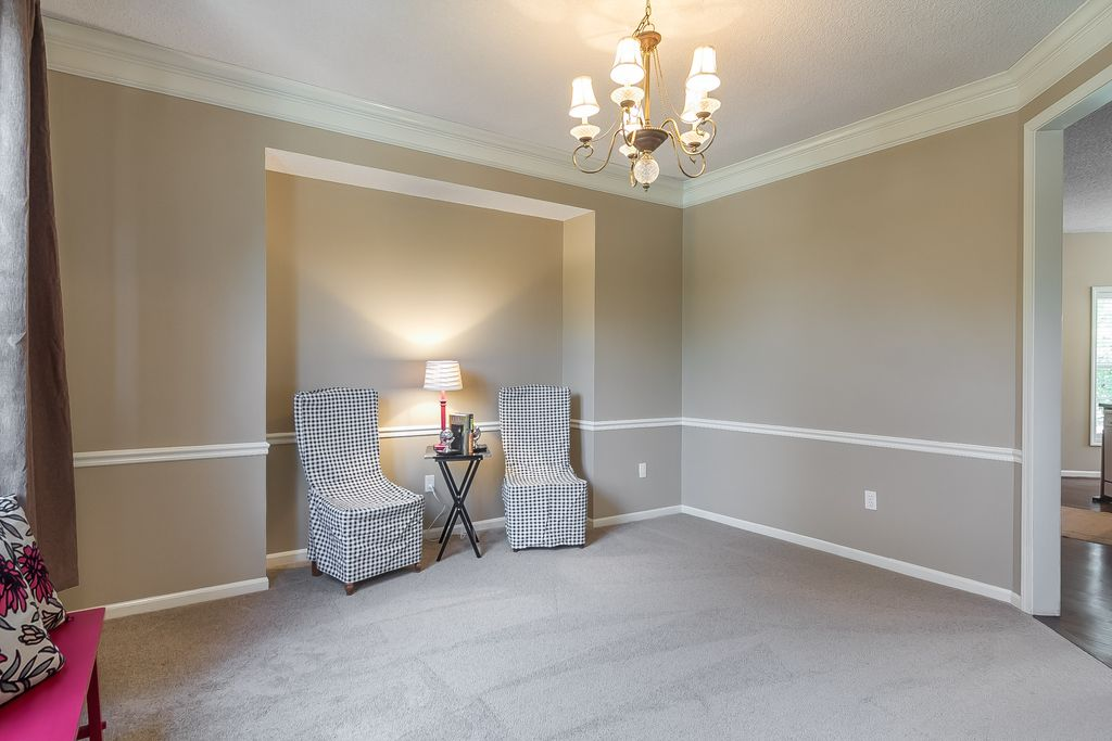Master Bedroom With High Ceiling Chair Rail In Olathe Ks Zillow Digs Zillow