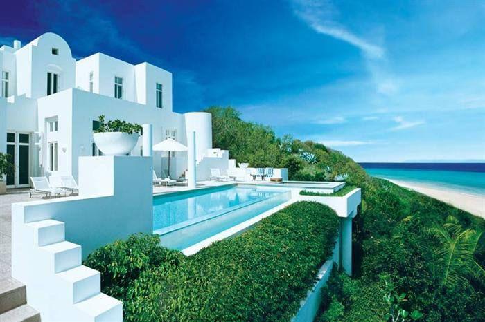 Где лучше купить домик у моря за границей