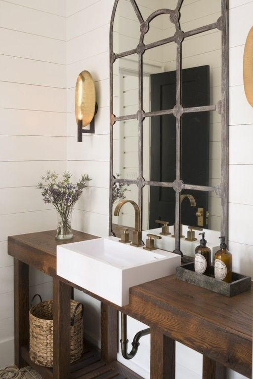 Rustic powder room with wall sconce powder room zillow for Etendoir a linge interieur ikea