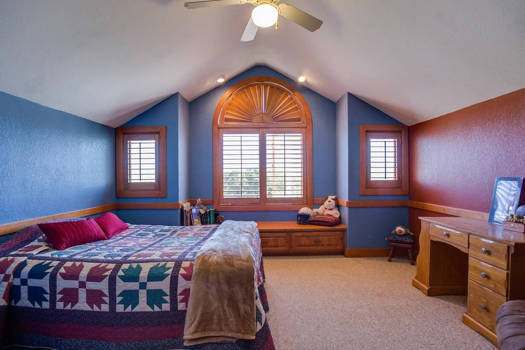 Chair Rail Vaulted Ceiling Part - 31: Traditional Kids Bedroom With Ceiling Fan, Carpet, Flush Light, Window  Seat, Cathedral