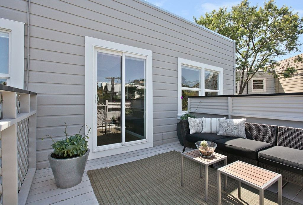 Contemporary Deck with Wood decking in San Francisco, CA | Zillow ...