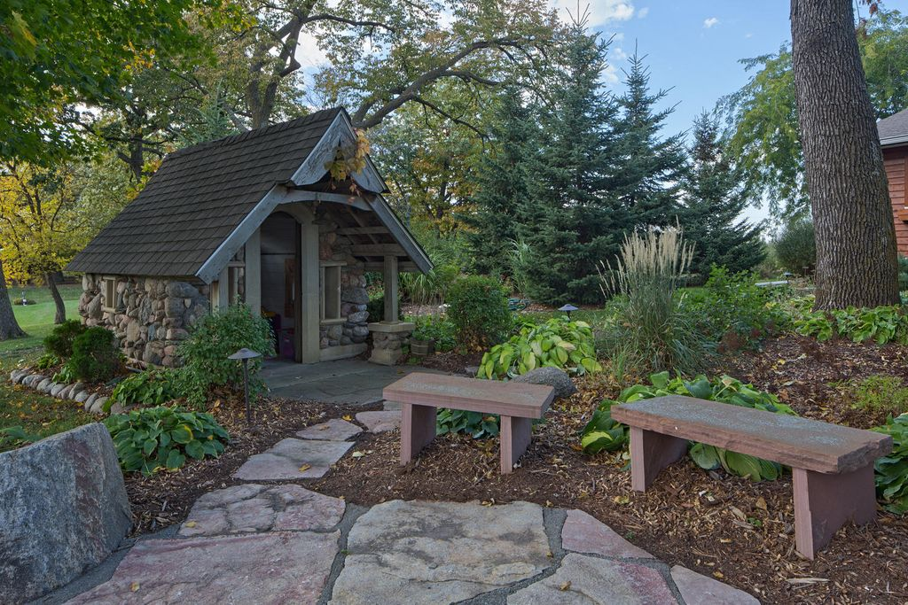Rustic Landscape and Yard by Mark Bartikoski | Zillow Digs | Zillow