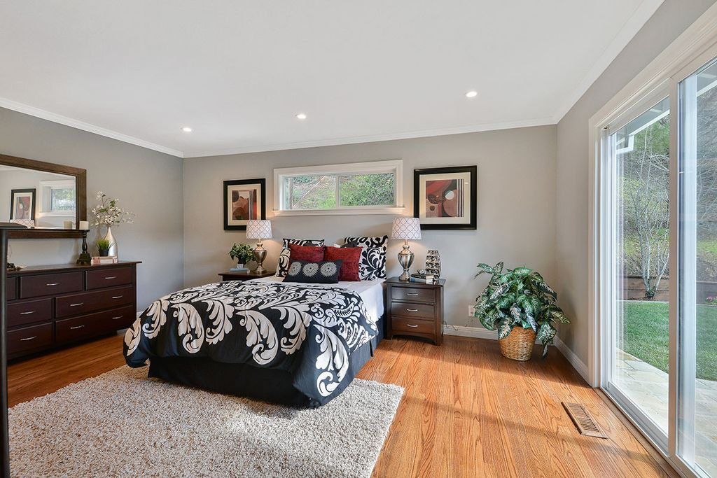 Master Bedroom With High Ceiling By Cindy Zillow Digs Zillow