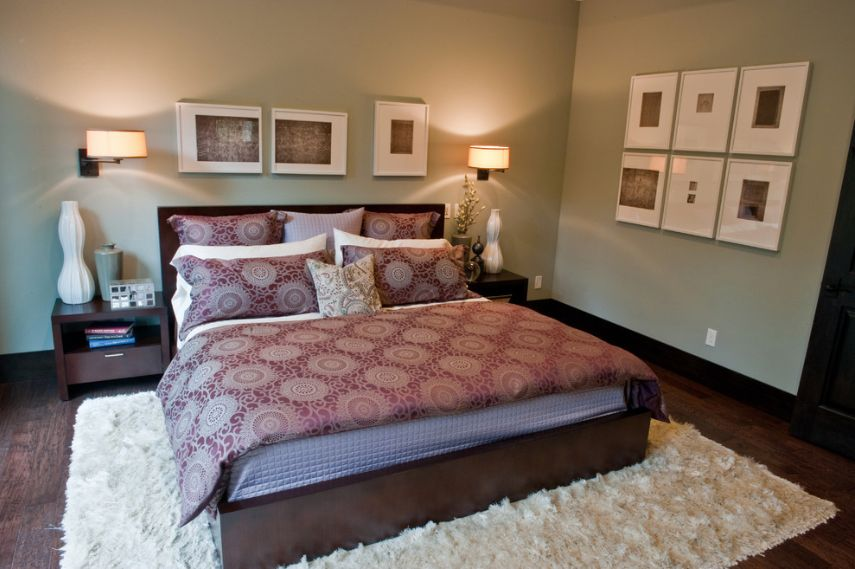 Modern Master Bedroom With Wall Sconce By Shannon Ponciano Zillow Digs Zillow