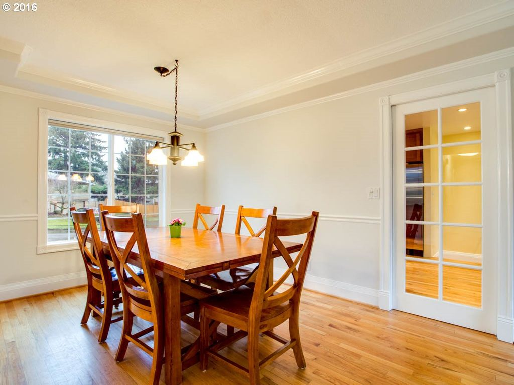 100 chair rail dining room living room decorate this