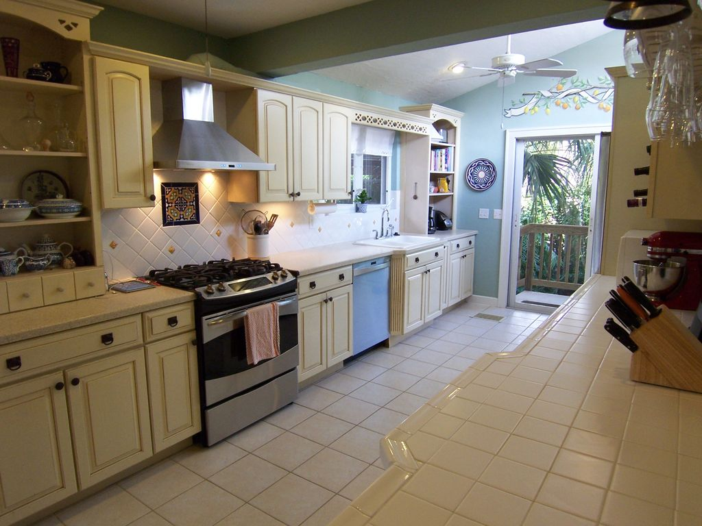 Stone Floors Kitchen Traditional Kitchen With Flush High Ceiling In Lake Worth Fl