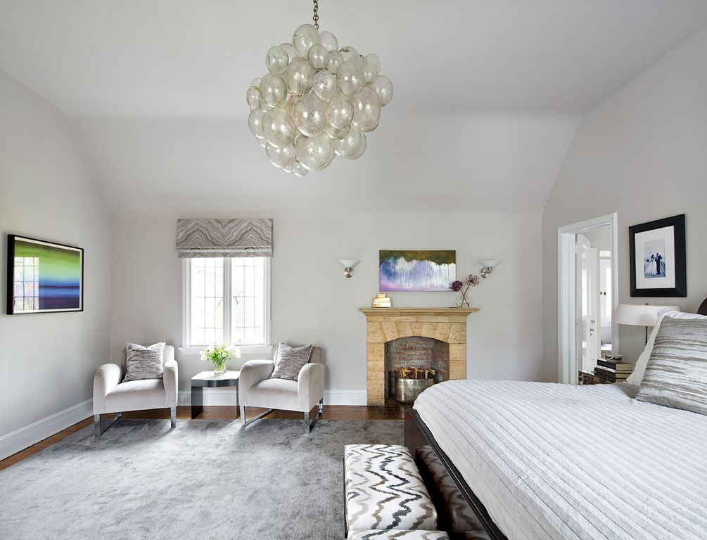 Contemporary Master Bedroom With Wall Sconce By Claire Paquin Zillow Digs Zillow