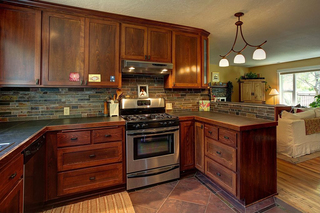 Craftsman Kitchen With Flush Light L Shaped In Ashland