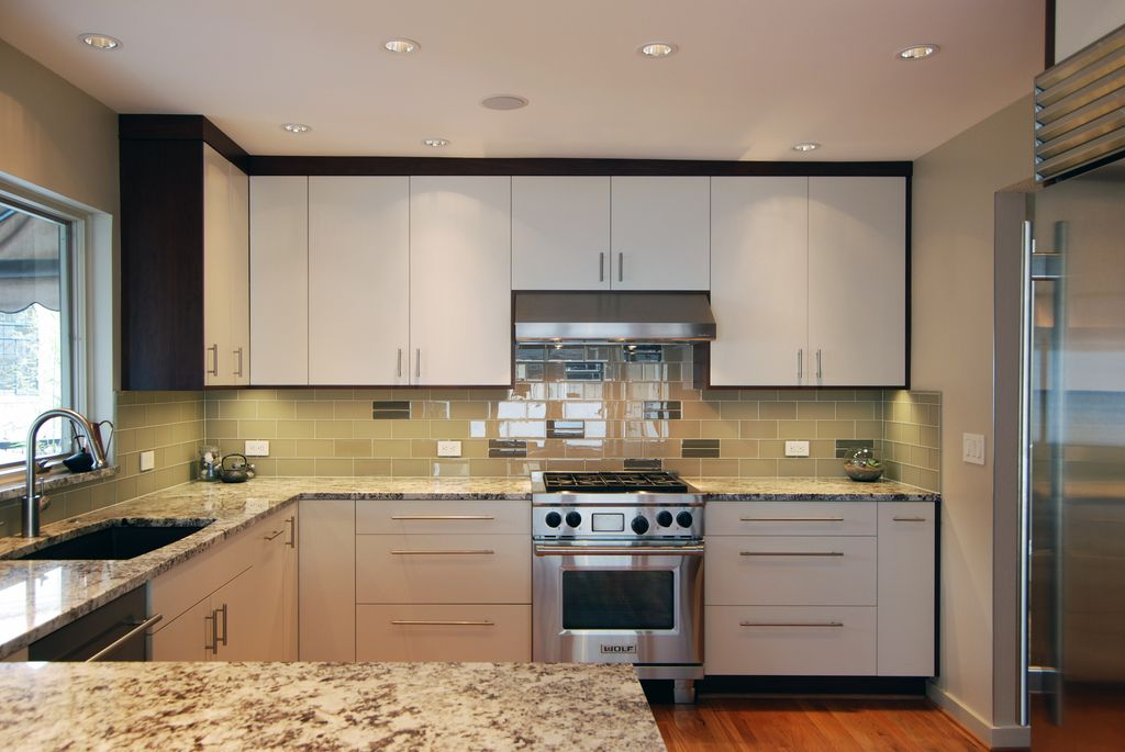 Modern Kitchen With Slab Cabinet Doors By Jason Ball Interiors