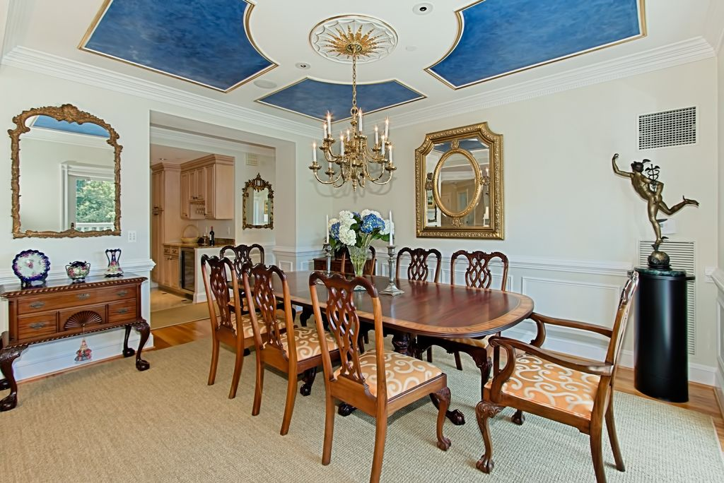 Traditional Dining Room With Carpet Chandelier In Arlington VA