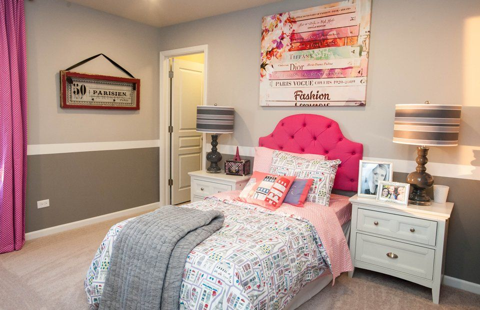 Traditional Kids Bedroom With Carpet High Ceiling Skyline Furniture Juliette Tufted Headboard