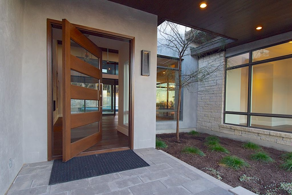 Mid-Range Modern Front Door Design Ideas & Pictures | Zillow Digs ...