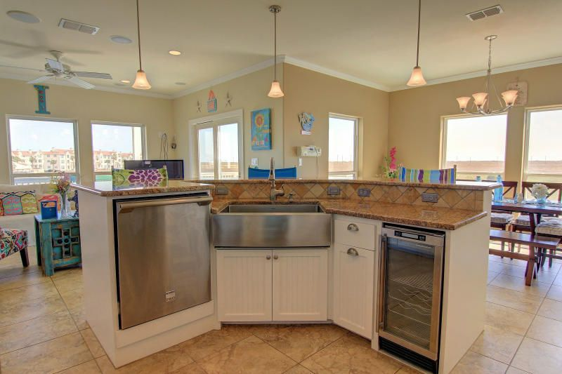 Eclectic Kitchen With Salerno Nubi Bianche 12 In. X 12 In. Ceramic Floor And