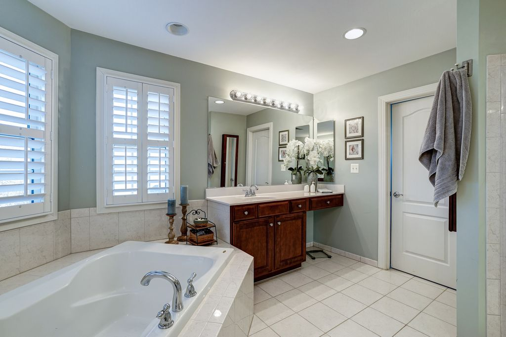 traditional master bathroom with raceway 8 light bath bar by sunset lighting graber blinds - Master Bathroom