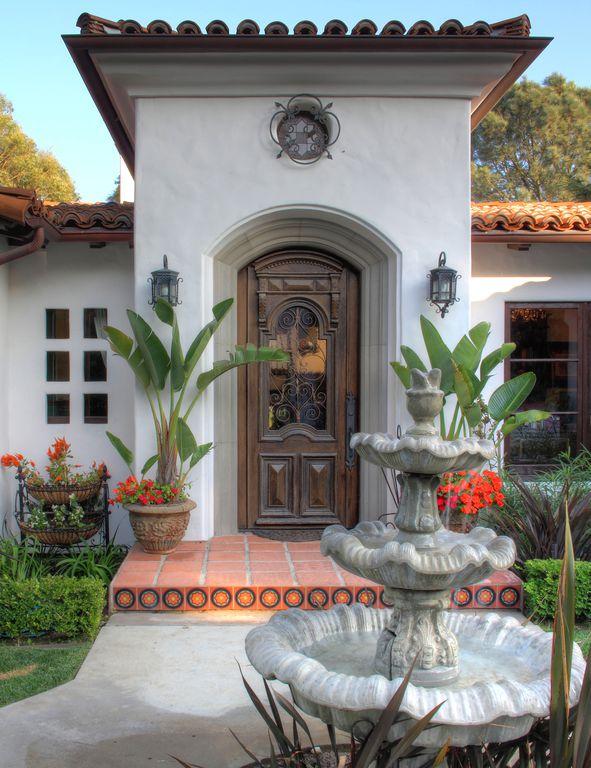 Eclectic front door with exterior tile floors by pritzkat for Front door johnson valley