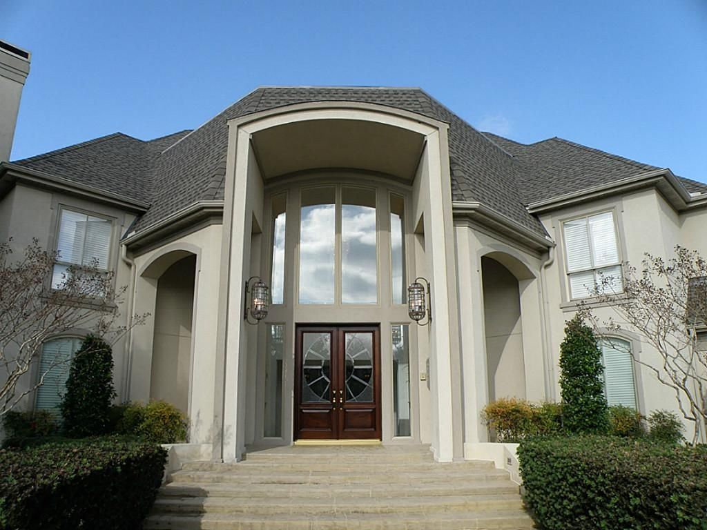 Modern Exterior of Home with Milgard Tuscany Series Vinyl Single Hung Windows Arched window & Modern Exterior of Home with Arched window \u0026 Glass panel door ... Pezcame.Com