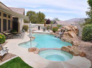 8708 Glistening Pond St , Las Vegas NV