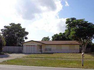 3113 Pinehurst Dr , Lake Worth FL