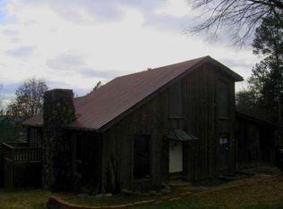 185 Azalea St SW , Calhoun GA